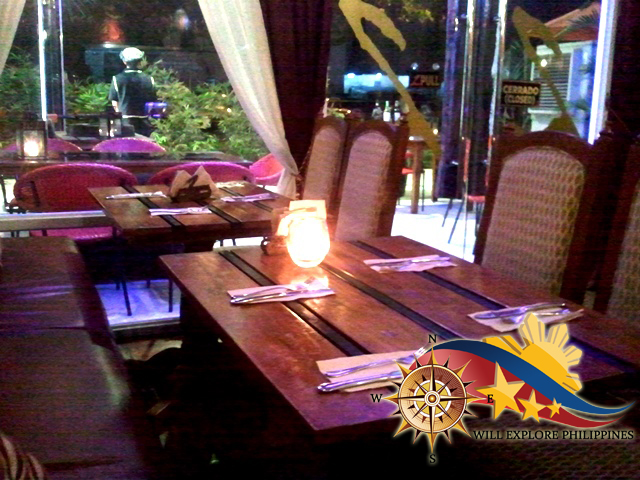 Dining-Area-Night-at-Dos-Mestizos-Spanish-Restaurant-in-Angeles-City
