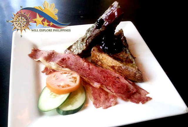 Blueberry French Toast at Zola Restaurant and Cafe Baguio City