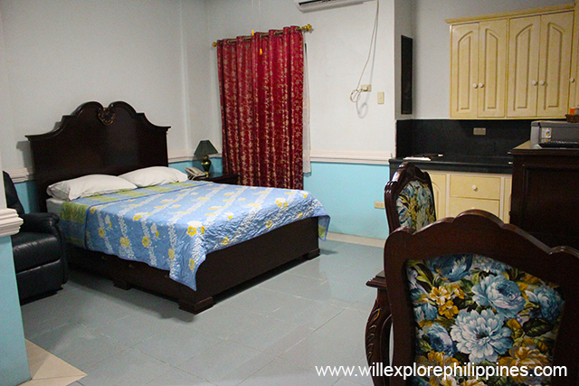 Kokomos Hotel and Restaurant: Affordable Accommodation in Angeles City
